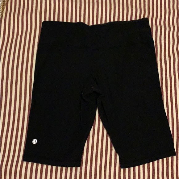 Lululemon Bike Shorts (reversible)